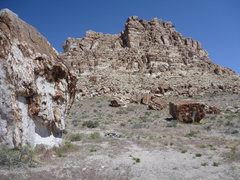 Rock Climbing Photo: A few of the terrific boulders in this area