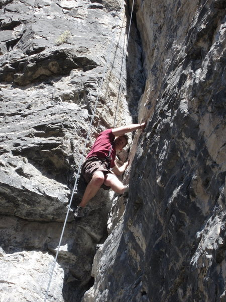 Rock Climbing Photo: Close up on Mr. Zachary Ames on Les is More, 5.10a...