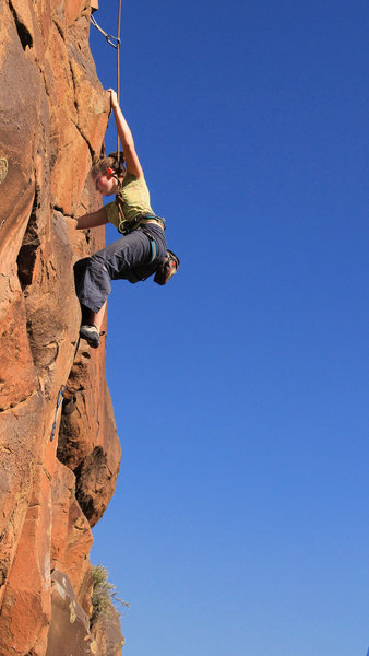 Rock Climbing Photo: Long moves & high steps  near the bottom of  Humbo...