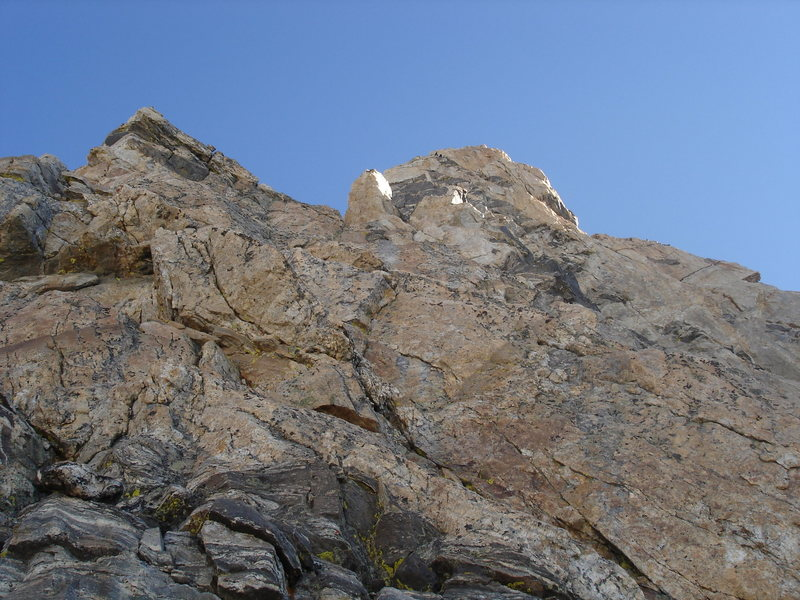 Rock Climbing Photo: The route above P2.  Slabs, V-slot pitch, Black Fa...