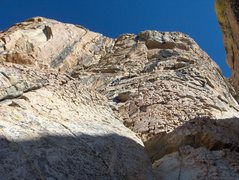 Rock Climbing Photo: Looking up the first few pitches of Los Pollos Loc...