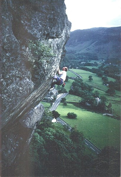 Rock Climbing Photo: Andy Ross on the crux