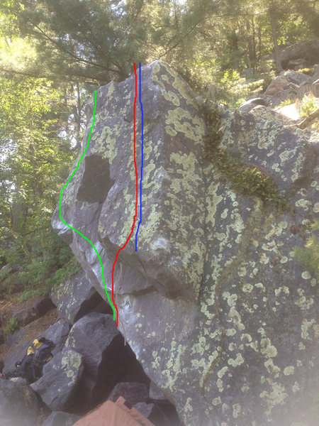 Rock Climbing Photo: The blue line is Squirrel Arete