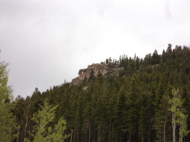 Rock Climbing Photo: A curious chunk of rock below Lazy Squaw Spire.