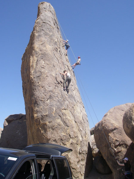 There are plenty of fun non-overlapping routes on the Shark's Fin, and you pretty much can't beat the approach.