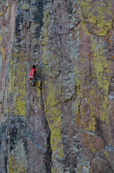 Last rest before the crux.<br> <br> Photo: M. Rangel