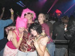 Rock Climbing Photo: Like, Whoa! Hank in a Chiahat dancing with too man...