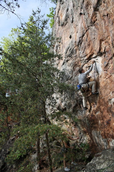 Rock Climbing Photo: Rawlhide Wall  Garrett DeBruin leads Rawlhide (5.1...