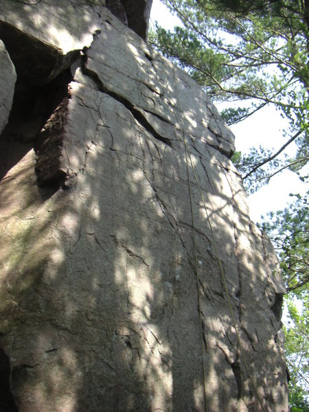 Rock Climbing Photo: Climbs up face staying left of Mother and Apple Pi...
