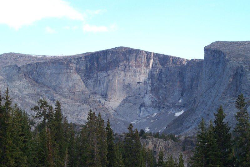 Rock Climbing Photo: Wall surrounding Lost Twin Lakes.