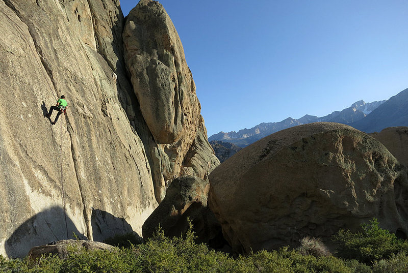 Rock Climbing Photo: Rapping off the anchors just above Poot/Hoot/Scoot