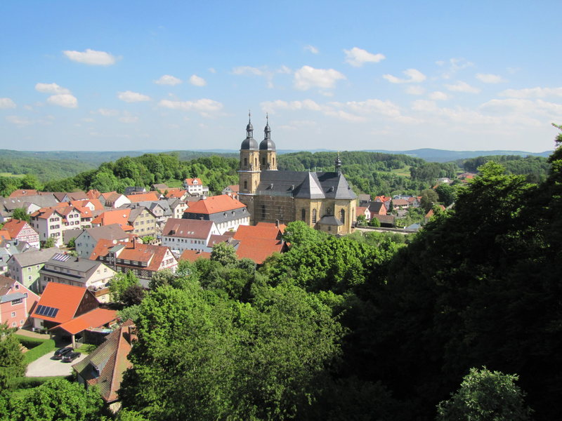 The view of the church in Gößweinstein from atop Gernerfels.