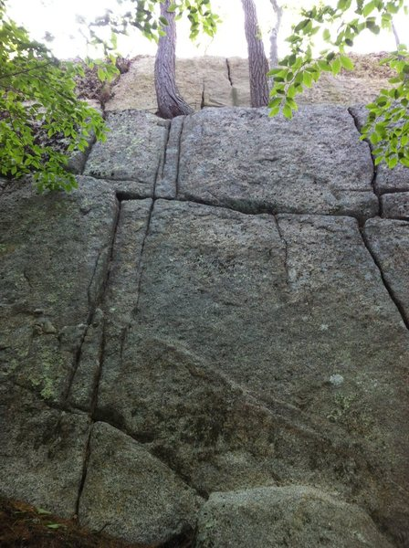 Rock Climbing Photo: Top rope can be set up at the very top on a solid ...