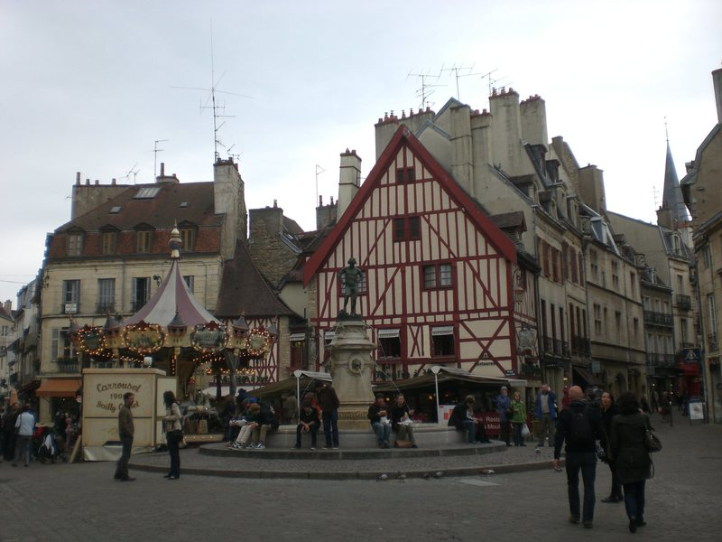 Rock Climbing Photo: The old marketplace in Dijon. To save yourself som...