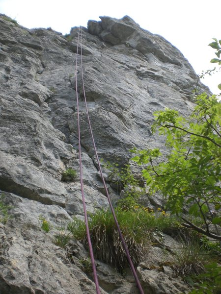 Rock Climbing Photo: Follow the crack, then traverse right up into the ...