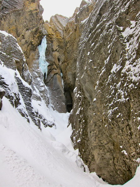 Whiteman Falls, Redman Jams and Redman Soars visible in this shot taken on approach.