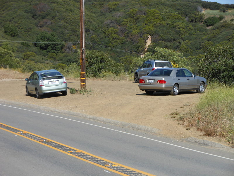 The Turnout/Parking for the Saddle Peak/Backbone Trail to the climbing area known as Saddle Peak.