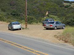 Rock Climbing Photo: The Turnout/Parking for the Saddle Peak/Backbone T...