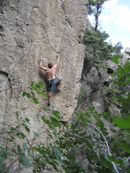 Rock Climbing Photo: Canyon at the fourth bolt on bloody ruby