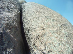 Rock Climbing Photo: The 5.8 OW . . . got a #3 Big-Bro in at the start ...