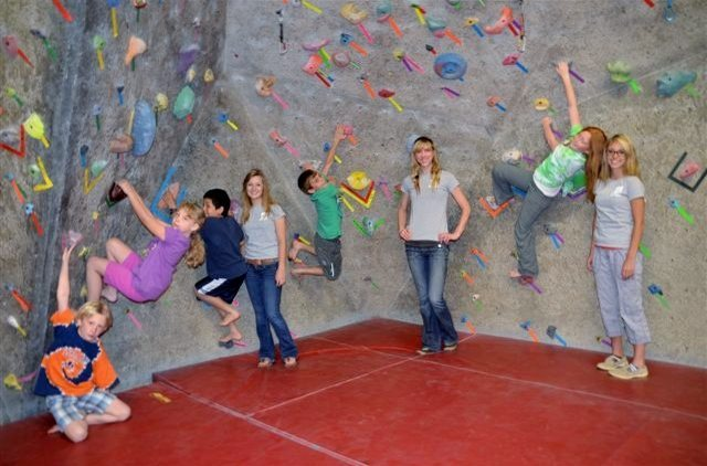 Rock Climbing Photo: Beginner Climbing Camp For beginner rock climbers ...