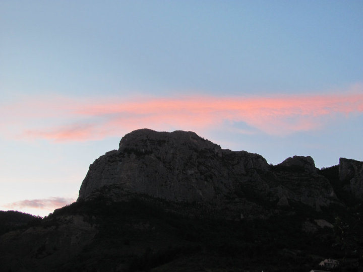 Quiquillon face at dusk.