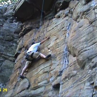 Rock Climbing Photo: Trying to cross over onto a 5.10...Hard traverse!!...