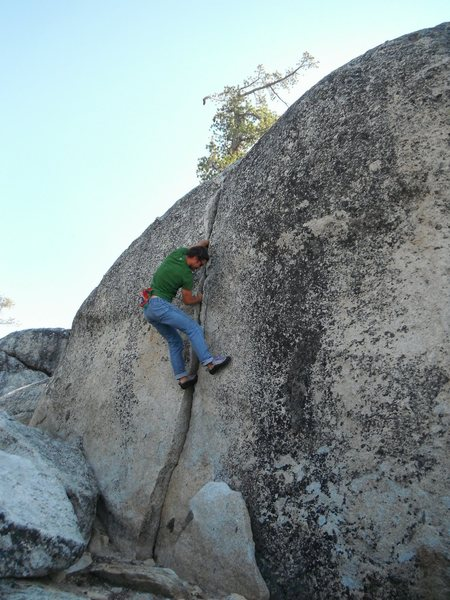 This short 5.9 hand crack (name?) is found in a corridor just up and left from Vicious 5.11+, and serves as a good warm up.