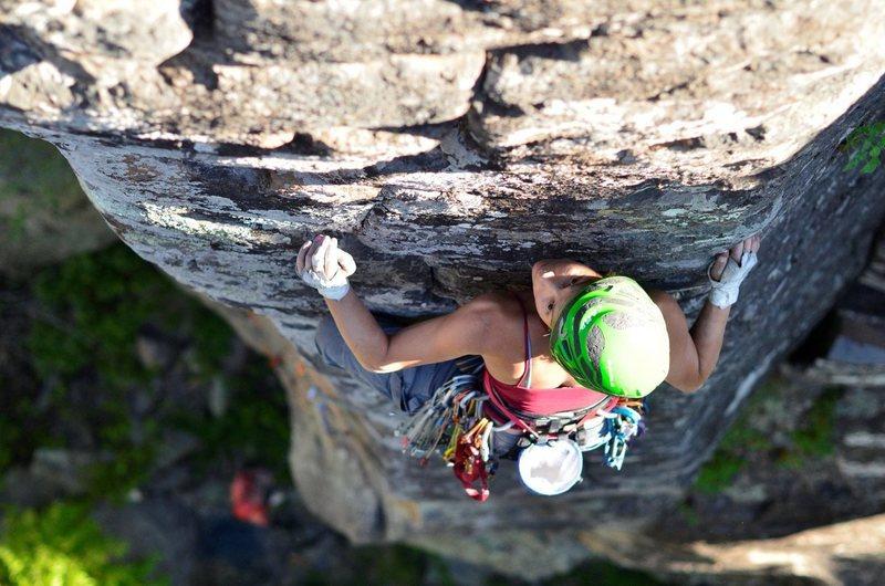 Rock Climbing Photo: Lisa climbing Panza Roja, Paradise Forks.