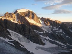 Rock Climbing Photo: Sunrise from Bonney Pass