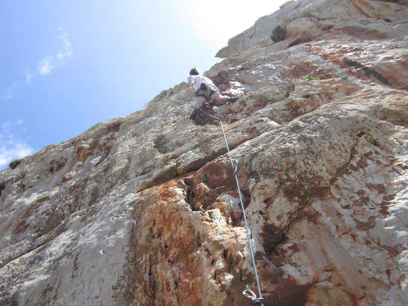 Rock Climbing Photo: Moving toward the end of the route.