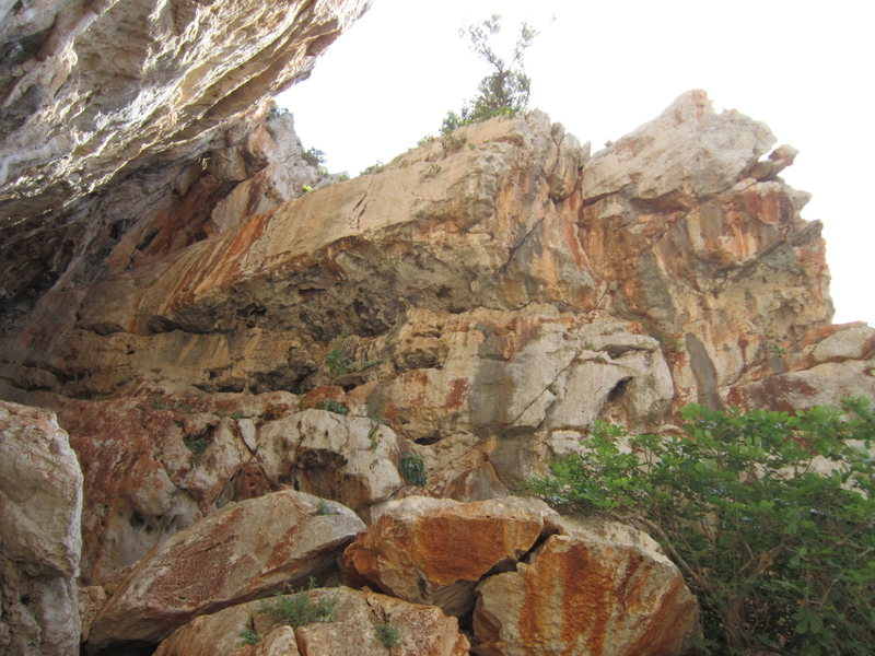 The right side of Grotta Destra.<br>