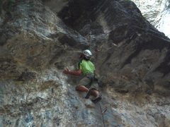 Rock Climbing Photo: Tricky roof for an on-sight  (photo by Kip Henrie)