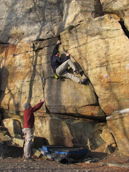 Rock Climbing Photo: Keyhole Crack