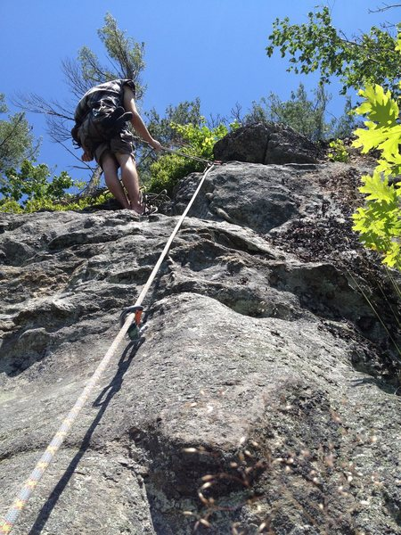 After climbing the meat of Flying Squirrel, you arrive at great rock featuring giant smooth horns, chicken heads, and rounded jugs.  Jared enjoyed it enough that he wanted to belay from above to better enjoy the sun :)
