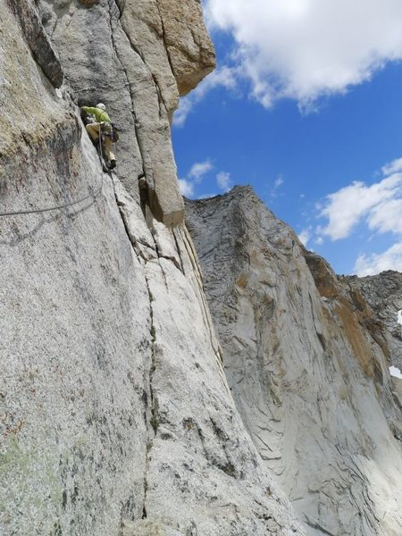 Rock Climbing Photo: starting the corner on P5