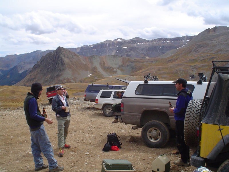 Rock Climbing Photo: Parking lot beers in Yankee Boy Basin.