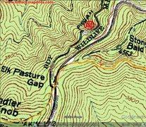 Rock Climbing Photo: Area Map, Yellow is Shut-in Ridge trail, red is bo...