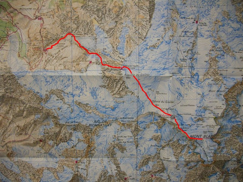 Rock Climbing Photo: Goûter Route from Nid d'Aigle marked in red.  Pic...