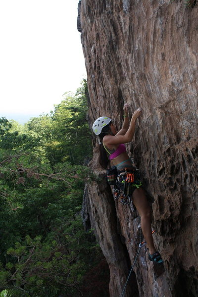 Rock Climbing Photo: Rising Sun Wall  No Added Weight(5.10) sport  Crow...