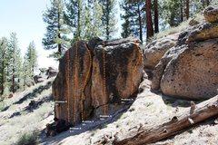 Rock Climbing Photo: Fallen Log Boulder Right Topo