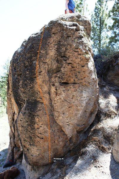 Fallen Log Boulder far Right Topo
