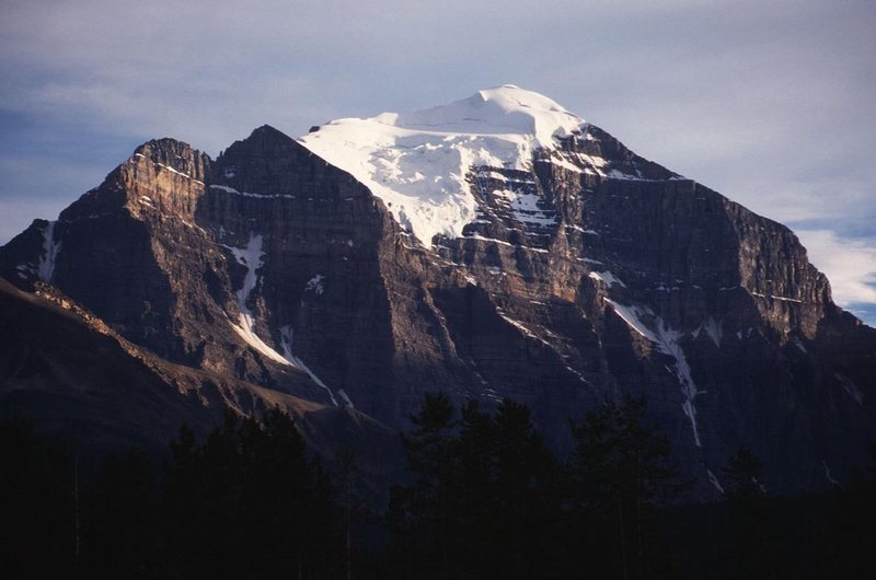Rock Climbing Photo: Mount Temple as seen from the Lake Louise townsite...