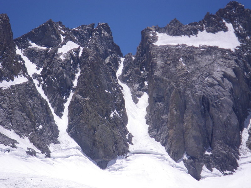 22-June-2012: U-Notch, as viewed from Gayley Camp.  We climbed it the next day and found: (a) good bergschrund crossing on right side, (b) aerated gray ice about halfway up, easily soloed, and (c)  about 60' of blue ice at the top.