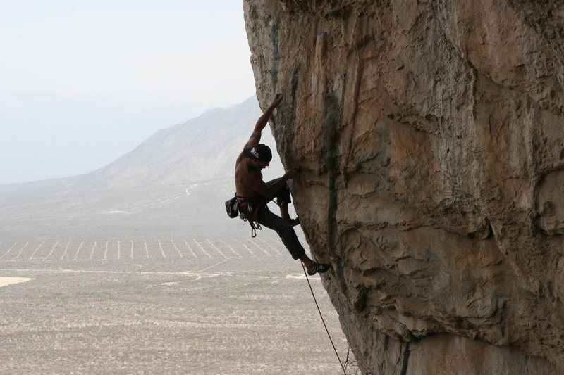 Colorado local Curt MacNeill crushing Avenue de Repena at Culo de Gato.....