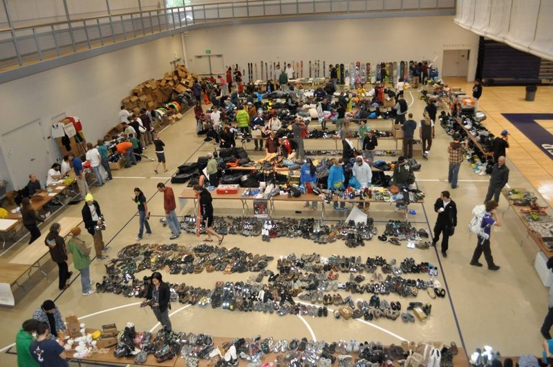 Rock Climbing Photo: A Day for Bishop Gear to Grow sale