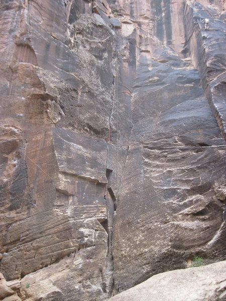 Rock Climbing Photo: Thin crack in corner in the center of the pic.