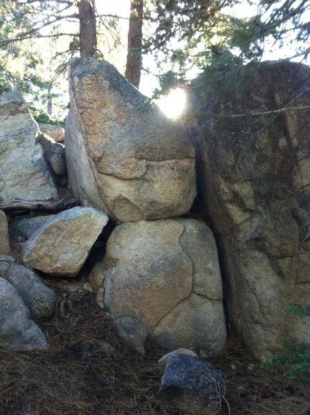 Rock Climbing Photo: Funky Blok V0- Stay on left side and climb the ora...
