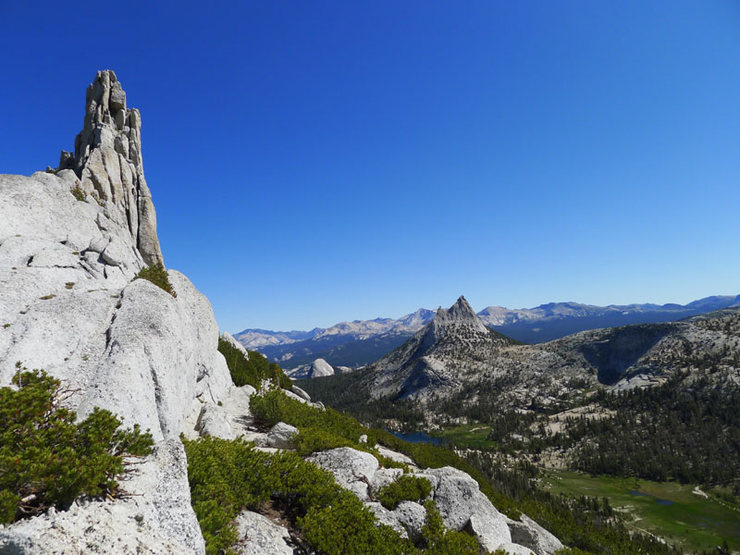 Rock Climbing Photo: looking toward Cathedral Pass and Cathedral