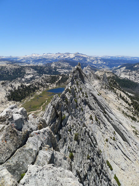 Rock Climbing Photo: looking south from the south summit on Matthes